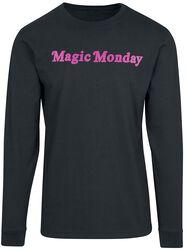Ladies Magic Monday