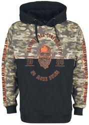 Sort hoodie med kamouflage print og kontrastfarver